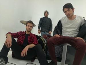 E' uscito La Gente Non Sta Bene, primo singolo dei Safari