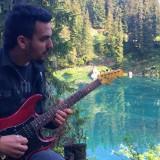 C'è la natura... dentro la chitarra di Francesco Montanile